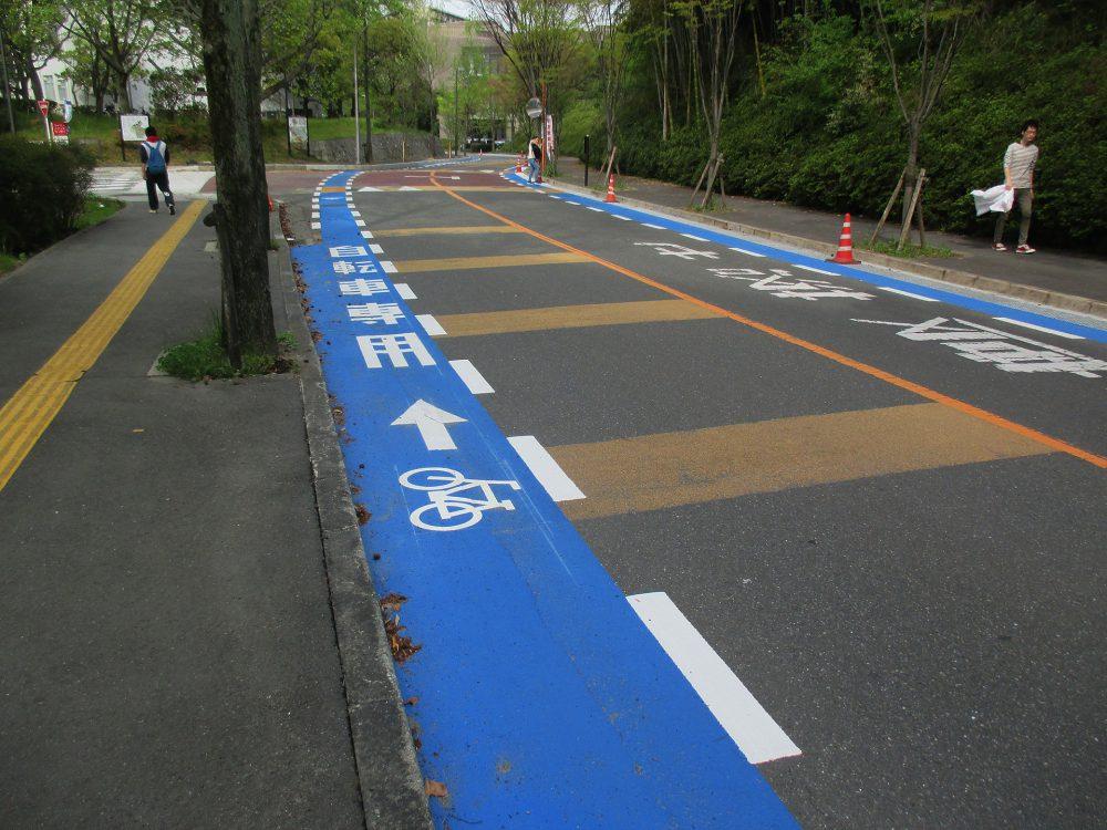 自転車専用道路ストリートプリント施工実績